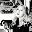 MDNA SKIN「マドンナが世界で初めて開発したスキンケア」編 × マドンナ TVCM